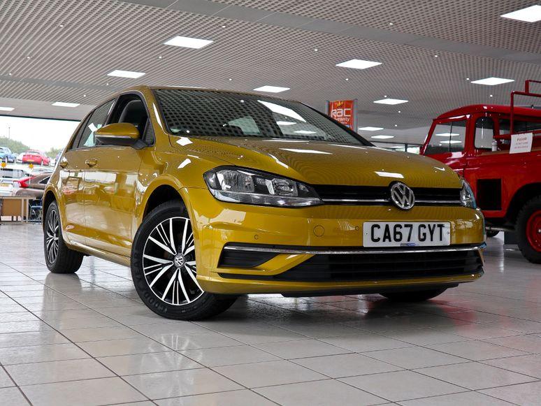 Volkswagen Golf #141602