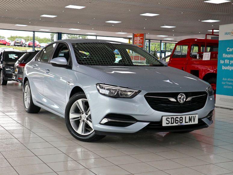 Vauxhall Insignia #143656