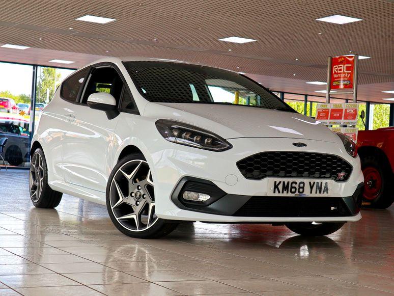 Ford Fiesta #143739