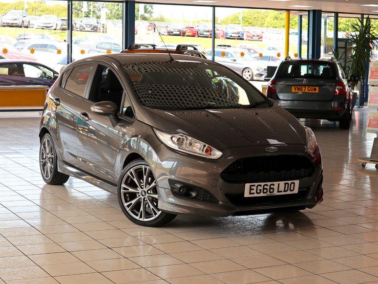 Ford Fiesta #143205