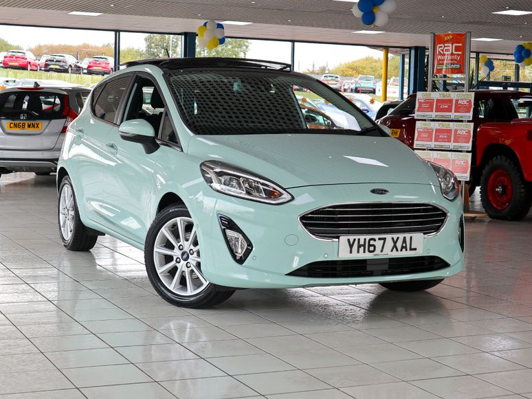 Ford Fiesta #144140