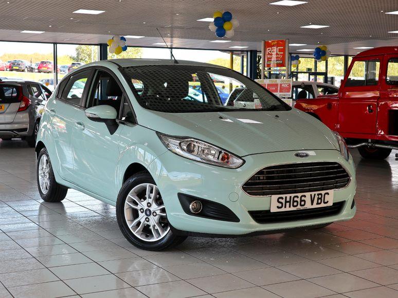 Ford Fiesta #144143