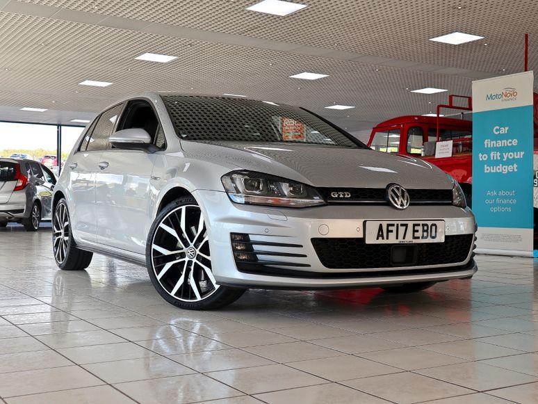 Volkswagen Golf #144164